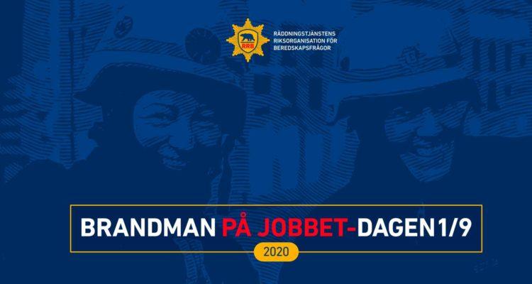 """Blå bakgrund där man skymtar två leende brandmän i närbild. Texten """"Brandman på jobbet-dagen 2020""""."""